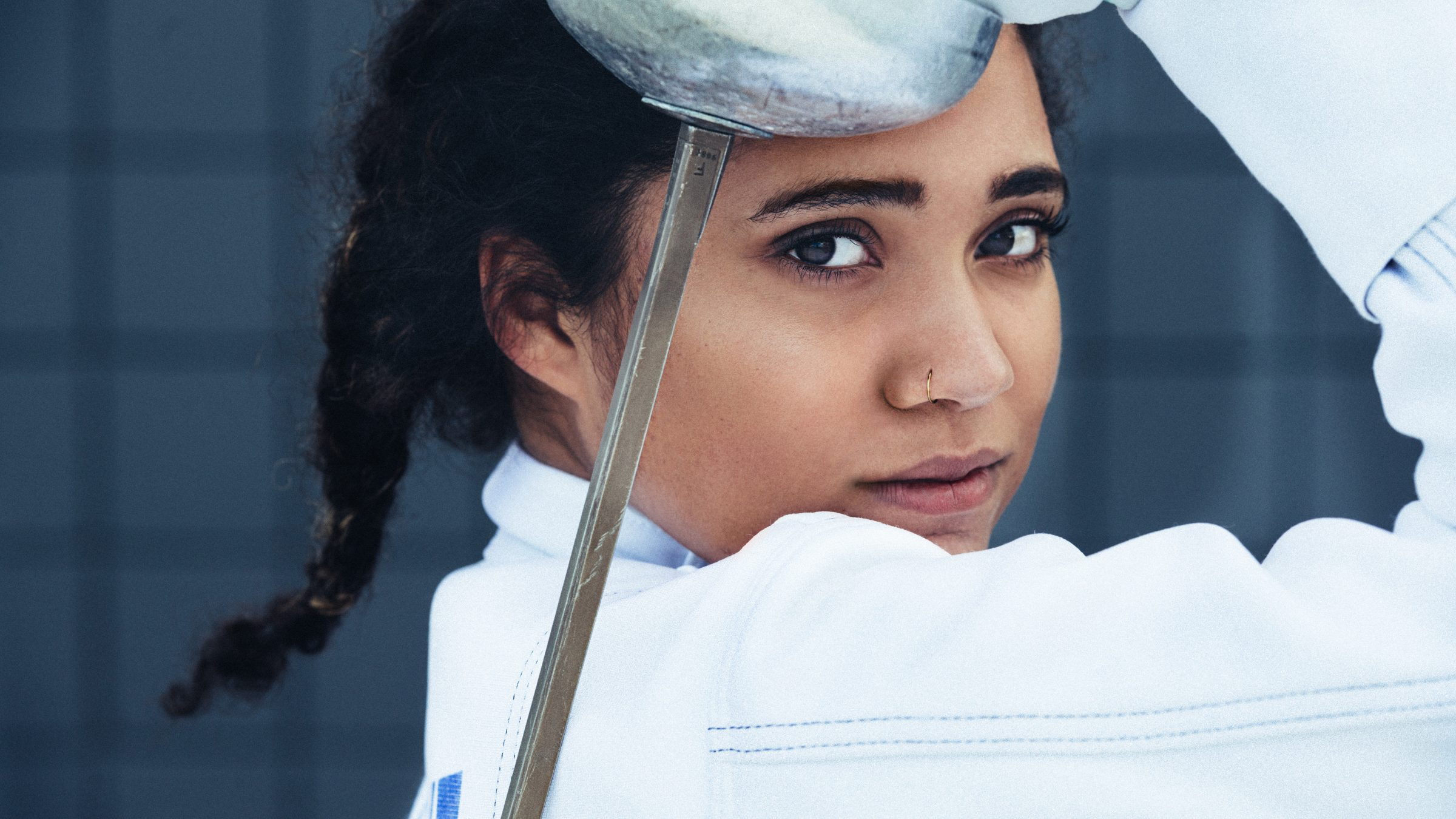 anchorage senior pictures girl fencing downtown anchorage